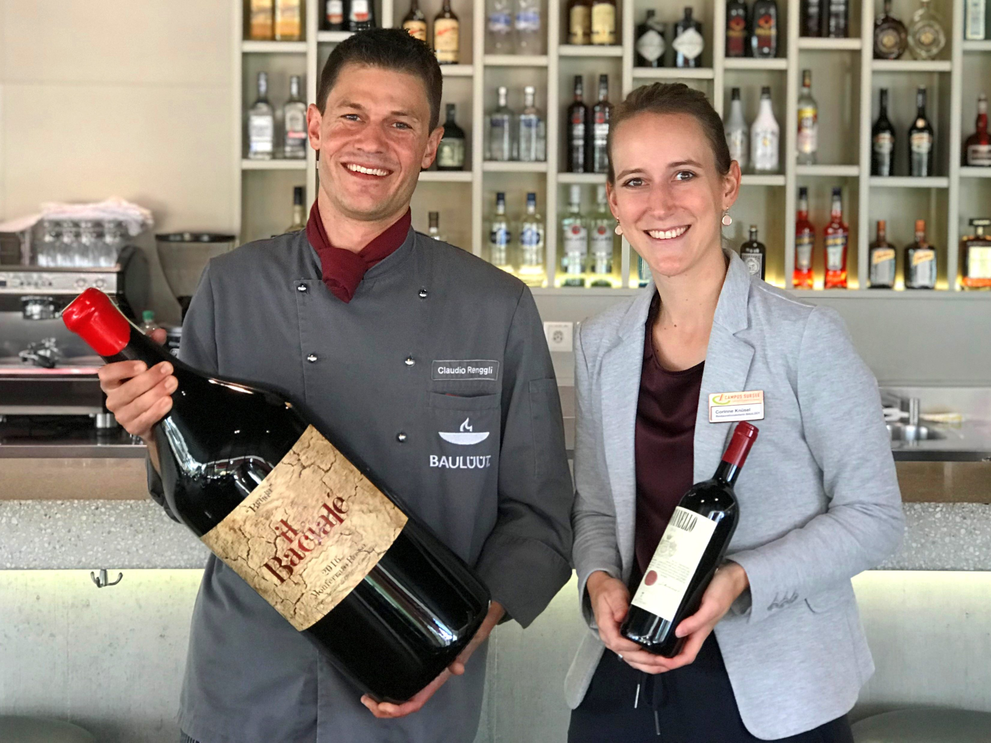 BAULÜÜT-Küchenchef Claudio Renggli und Corinne Knüsel beim Big Bottle Event