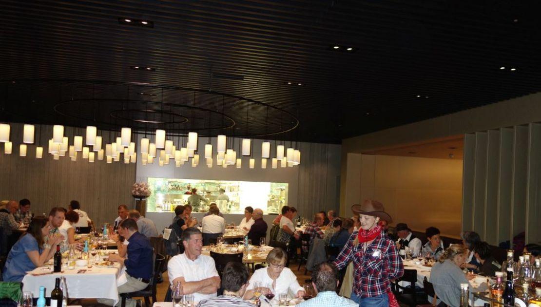 Volles Haus: Gäste im Restaurant Baulüüt