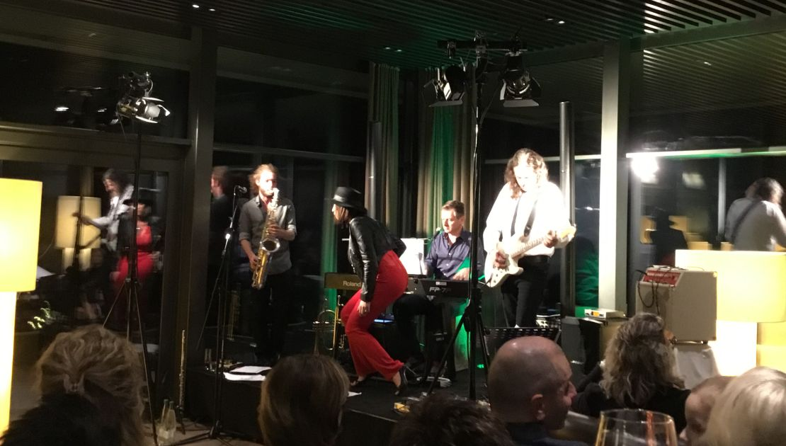 2nd Friday: Live-Band im Baulüüt