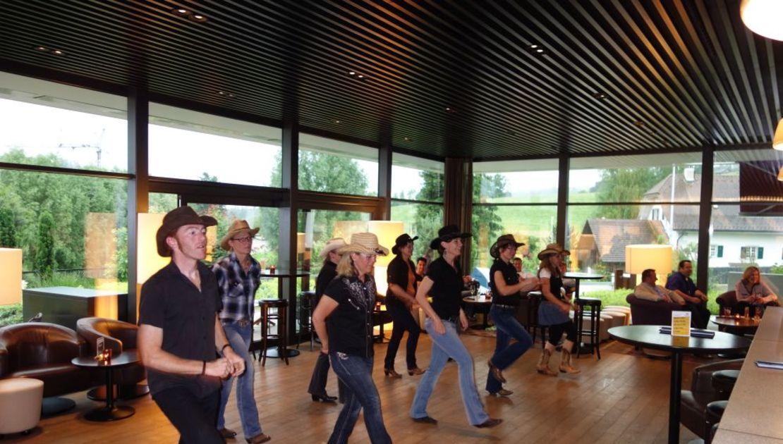 Linedancers im Baulüüt