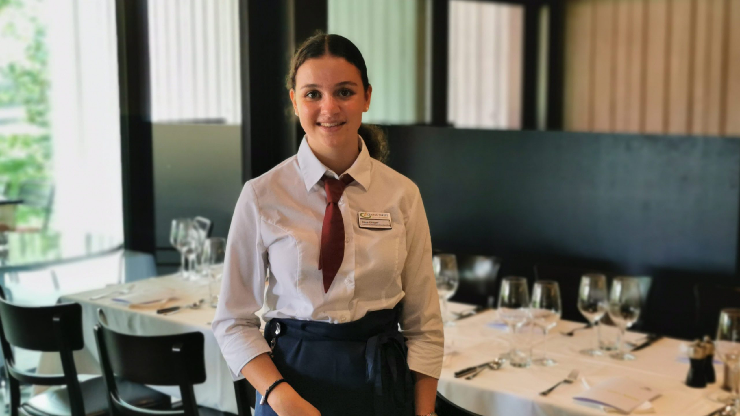 Nina Ottiger, Lernende Restaurationsfachfrau